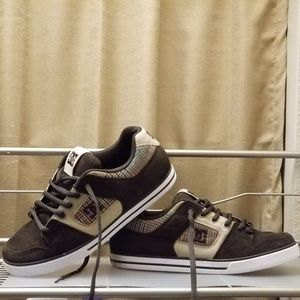 Dc shoes for men's size 10